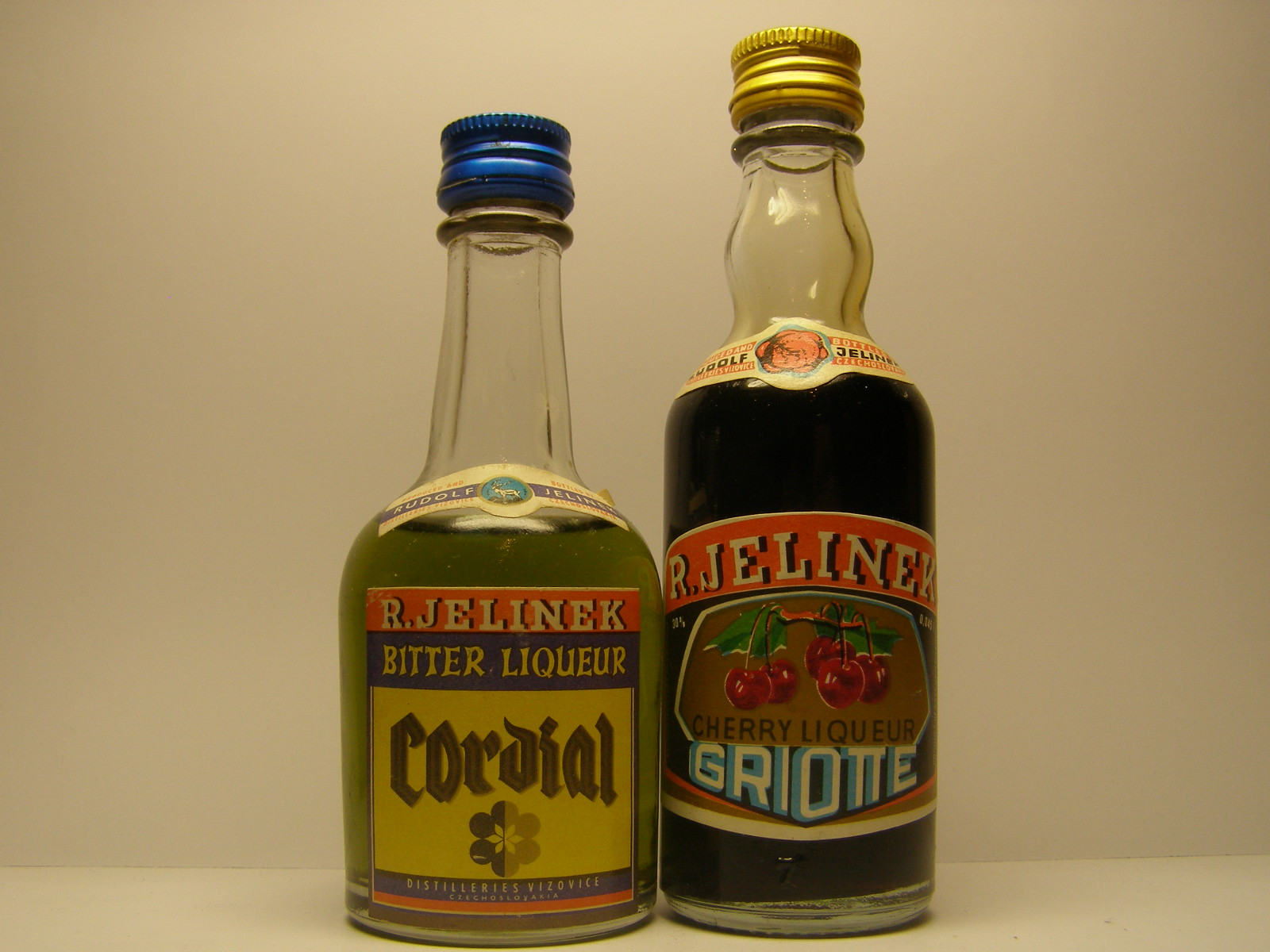 R Jelinek Cordial Bitter Liqueur Griotte Cherry Liqueur